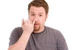Hệ quả đáng sợ từ thói quen ngoáy mũi