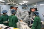 'Người máy' phẫu thuật ung thư cho người lớn lần đầu tại Việt Nam