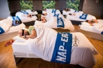 Lớp học độc đáo, tập ngủ để giảm cân