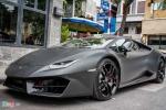 Lamborghini Huracan màu đen mờ độc nhất Việt Nam xuống phố