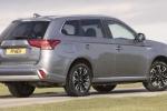 Mitsubishi Outlander PHEV Juro bản nâng cấp đầy ấn tượng
