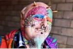 Người đàn ông phẫu thuật tai để giống vẹt