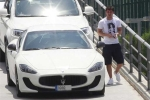 Messi khoe siêu xe mới biển 'khủng'
