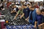 Video: Dân Mỹ ồ ạt mua súng trước ngày bầu cử