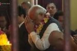 Thủ tướng Ấn Độ thắp hương, thăm chùa Quán Sứ