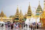 Nhiều khách du lịch Thái Lan khổ sở vì quy định có đủ tiền mới được nhập cảnh