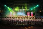 Gần 1.000 học sinh hát tặng thầy cô ngày Nhà giáo Việt Nam 20/11