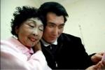 Cụ bà 71 tuổi 'dao kéo' để xứng đôi với chồng 37 tuổi và cái kết bất ngờ