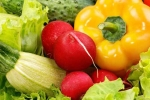 Với những tác dụng tuyệt vời này, bạn nên ăn nhiều rau