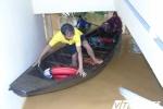 Đập xả bất ngờ, dân miền núi Hà Tĩnh bơi thuyền lên ủy ban xã chạy lũ