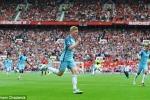 Ibrahimovic ghi bàn, Man Utd vẫn thua đau Man City