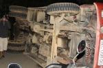 Xe tải mất phanh đâm hàng loạt xe máy, 5 người thương vong
