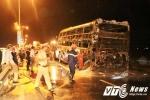 Xe khách cháy trơ khung, 42 hành khách hoảng loạn tháo chạy