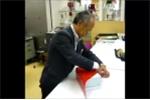 Cách gói quà thông minh, cực đơn giản của người Nhật