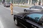 Ô tô mua trả góp bị CSGT xử phạt do thiếu giấy tờ gốc: 4 Bộ, ngành cùng tham gia 'giải cứu'