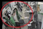 Dùng súng cướp ngân hàng ở Trà Vinh: Phác họa chân dung tên cướp