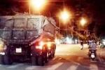 Xe chở đất ngang nhiên 'làm loạn' trên đường phố Huế
