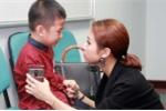 Con trai Vân Hugo òa khóc khi tham gia casting show thực tế