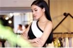 Hoa hậu Kỳ Duyên ủng hộ đồng bào miền Trung 150 triệu đồng