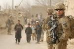 Lính Afghanistan xả súng bắn chết 2 lính Mỹ