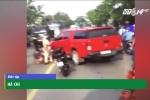 Ô tô lao vào CSGT giải cứu xe gây tai nạn như phim hành động