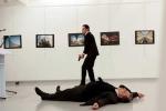 Video thời điểm Đại sứ Nga tại Thổ Nhĩ Kỳ bị bắn chết