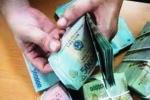 CSGT Thanh Hóa nhặt được một bọc tiền trên quốc lộ