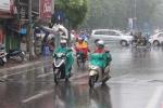 Bắc Bộ mưa dông, Biển Đông xuất hiện rãnh áp thấp