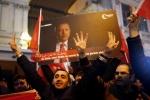 Thổ Nhĩ Kỳ cấm đại sứ, đình chỉ 'ngoại giao cấp cao' với Hà Lan