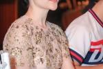 Linh Nga tu choi tra loi ve ban trai Tuan Moon hinh anh 5