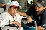 Sau mổ não, diễn viên Nguyễn Hoàng nhập viện do chân bị 'hóa thạch'