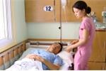 CSGT Hà Tĩnh bị container hất văng xuống đường: Bệnh viện Việt Đức thông tin mới nhất