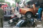 Xe 'điên' đâm nát dải phân cách, tông hàng loạt ô tô, xe máy giữa Sài Gòn