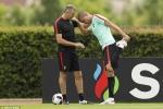Tin tức Euro 6/7: Bồ Đào Nha giấu bài, cầu thủ Nga thua đau vẫn rủ nhau thác loạn