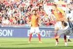 Ibrahimovic lập siêu phẩm, Man United đại thắng Galatasaray