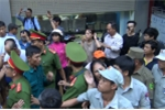 Dẹp 'cướp' vỉa hè ở Buôn Ma Thuột: Phó Chủ tịch phường bị tát