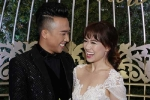 Trấn Thành ôm chặt, đắm đuối ngắm Hari Won trong lễ cưới