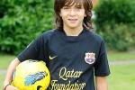 Barca ký hợp đồng với sao nhí 9 tuổi