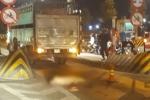 Cố tình tông chết CSGT, tài xế xe tải nhảy xuống sông bỏ trốn