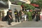 Hai mẹ con bắt giam 6 cán bộ phường, dọa kích nổ bình gas