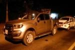 Bị truy đuổi, tài xế mang súng lái ôtô tông thẳng vào CSGT