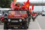 Cổ động viên nhuộm đỏ đường phố Hà Nội trận U22 Việt Nam - U20 Argentina