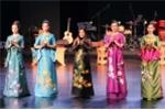Nhà thiết kế Lan Hương mang áo dài truyền thống đến Trung Quốc