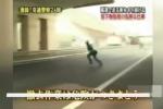 Rác trên đường cao tốc Nhật Bản được dọn dẹp thế nào?