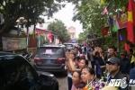 Hinh anh Truc tiep: Chu tich Ha Noi doi thoai voi nguoi dan Dong Tam