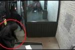 Clip: Trộm dùng xe tải kéo bật máy ATM của siêu thị trong đêm