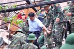 Sập nhà 4 tầng nhiều người bị vùi lấp: Chủ tịch Hà Nội trực tiếp chỉ đạo giải cứu nạn nhân