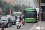 Bất chấp lao vào đường xe buýt nhanh, nhiều người tự nhận vô văn hóa, vô giáo dục