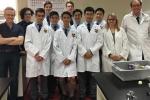 Học sinh trung học Australia sản xuất thuốc cho người nhiễm HIV