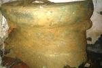 Tìm thấy trống đồng cổ khi đào móng nhà